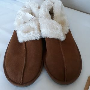 NEW Gilligan & O'Malley women's slipper